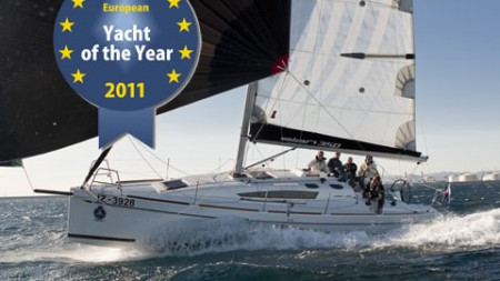 The Elan 350 Wins European Yacht of the Year Award