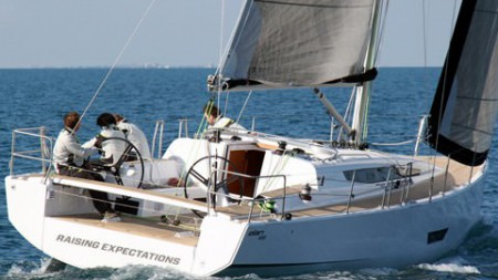 New ELAN 400 on first sail trial