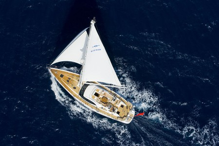 2012 Oyster 625 wins Best Bluewater Cruiser Asian Yacht of the Year Award European Yacht of the Year award