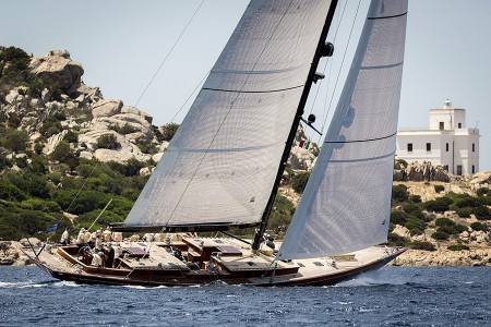 2016 Tempus Fugit Tempus 90 design for Arkin Pruva Yachts wins her class at the Superyacht Cup.